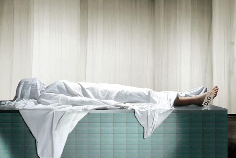 cadavre avec etiquette Dolce&Gabbana